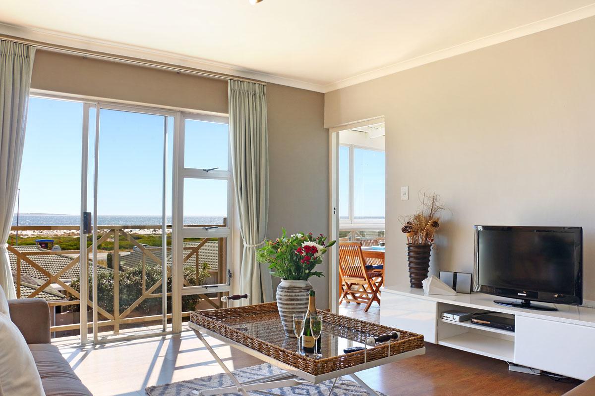 Big Bay Penthouse Bloubergstrand Cape Town Fleewinter
