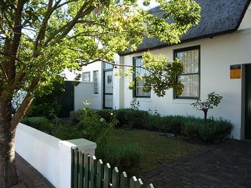 Swallows Cottage Franschhoek Winelands Fleewinter