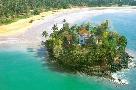 Taprobane Island Weligama Sri Lanka Fleewinter