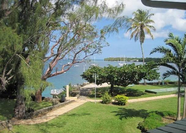 Crown Point Beach Hotel Cabanas