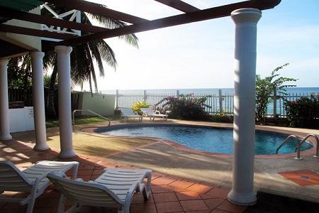 Hibiscus Villa Black Rock Beach