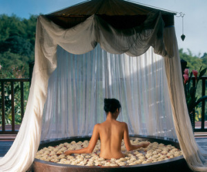 Anantara_Chiang_Rai_Golden_Triangle_Thailand_hotel_bath_FCR002