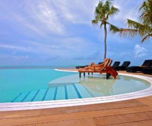 Komadoo_Lhaviyani_Atoll_Maldive_resort_SLM012