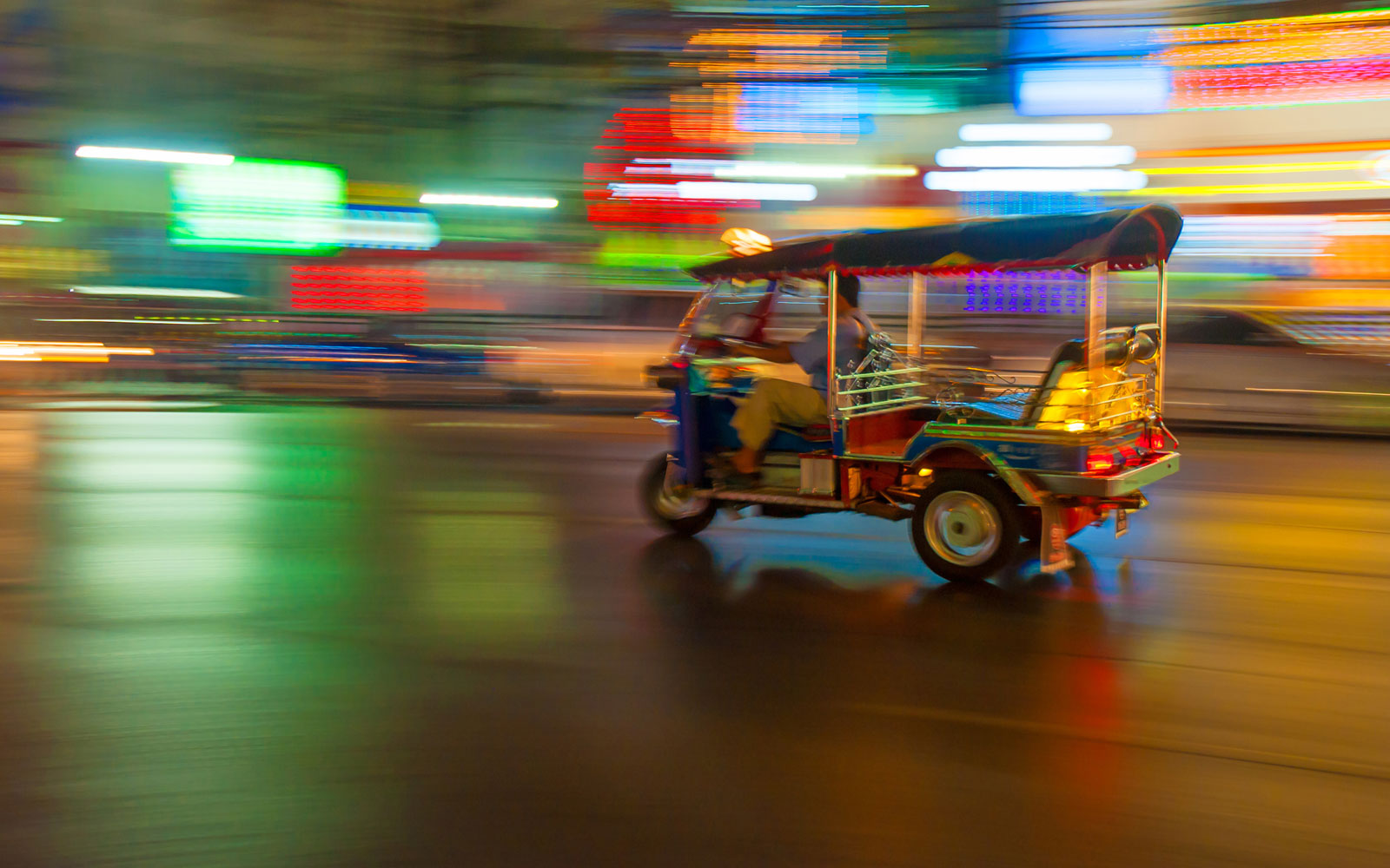 rickshaw_panning_movement_transport_thailand_experience_holiday_fleewinter