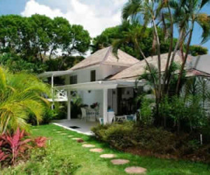 Bluff Cottage, two bedroom Barbados Cottage near Sandy Lane | Fleewinter