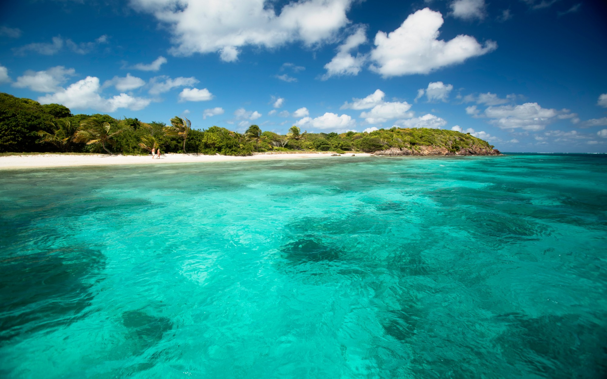 Crystal Clear Water at Palm Island Fleewinter Tailor-made Holidays