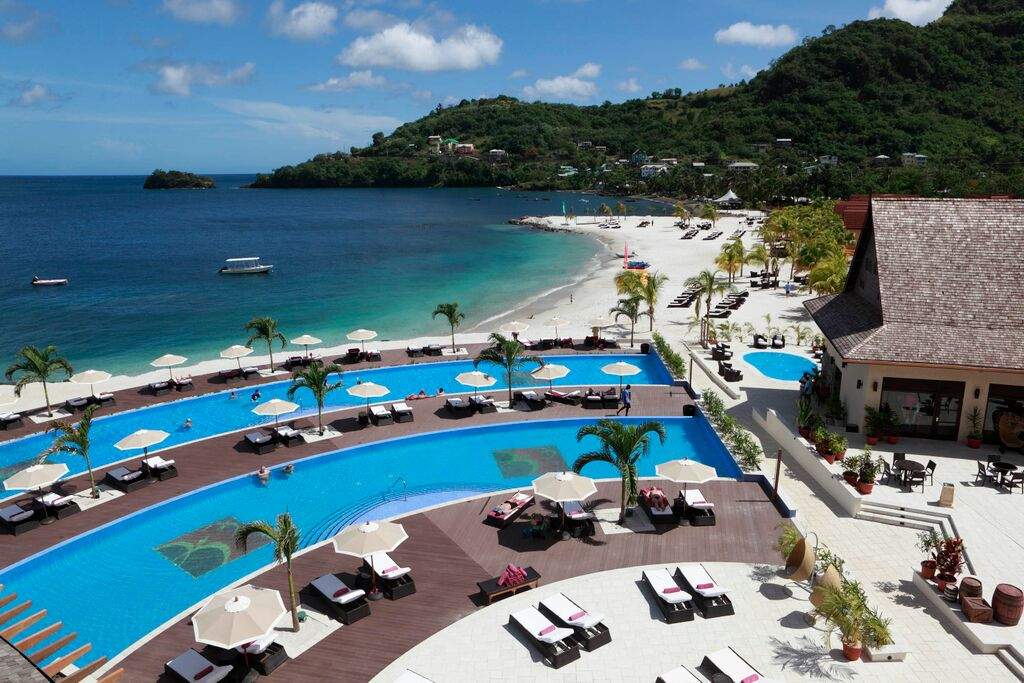 Buccament Bay Swimming Pools  Fleewinter Tailor-made Holidays