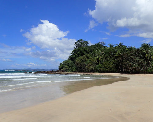 sabang-beach-palawan