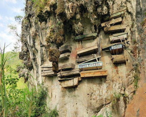 hanging-coffins-sagada