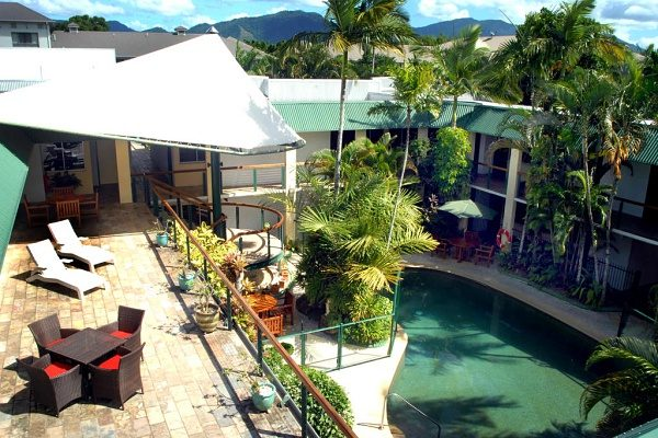 Bay Village tropical Retreat Cairns Australia