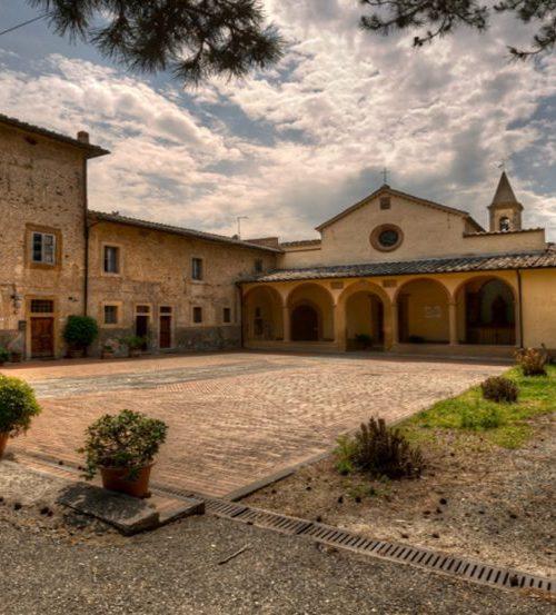 The reception of Castellare di Tonda in an old farmhouse