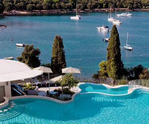 Monte Mulini pool overlooking the sea