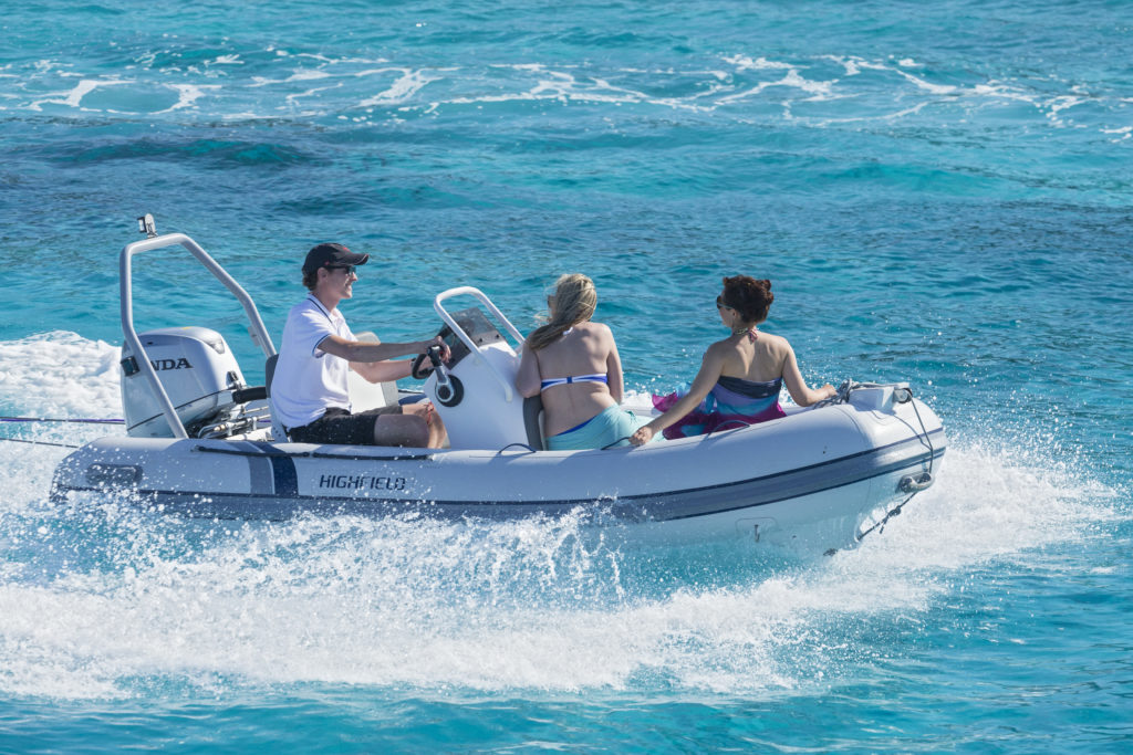 getting around speedboat